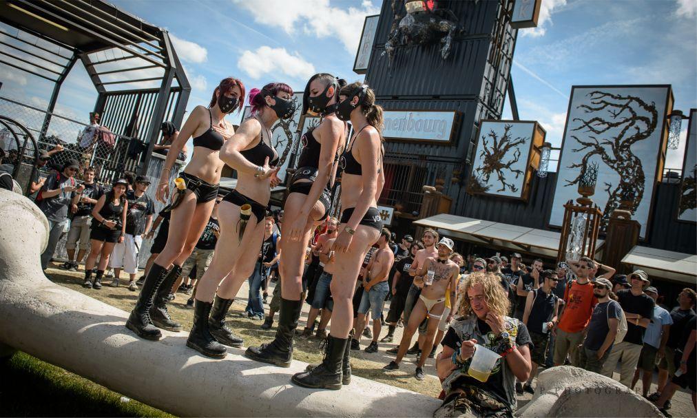 Фестиваль тяжелого рока и метала Hellfest в Клиссоне 53088473763e72f45b641ec038f5acef.jpg