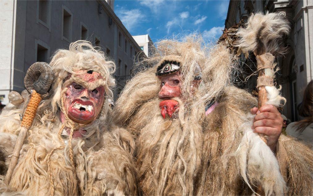 Международный фестиваль иберийских масок в Лиссабоне 533552beaa436c1dcde7005c40204e61.jpg