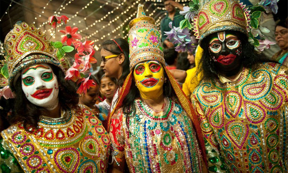 Фестиваль Гангаур в Раджастане 56b3a56b5d1895173d4c404837ca2cfd.jpg