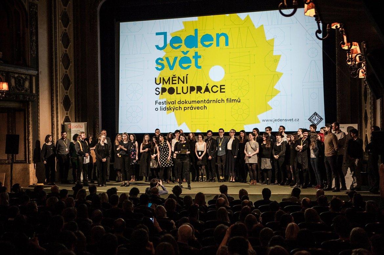 Международный фестиваль документального кино «Один мир» в Праге 58d78cc96969f018f4511623d3143673.jpg