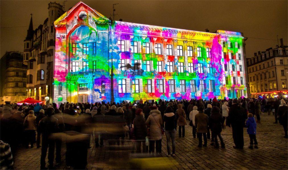 Фестиваль света «Staro Riga» в Риге 5b8e503c8c9f77873994c52c7478ee5b.jpg