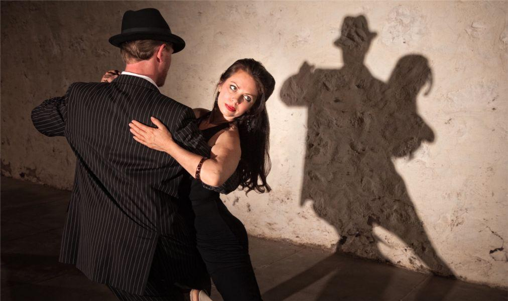 Международный фестиваль «Танго и друзья» в Кадисе 5c3536e667b28c043b04f073f3497f94.jpg