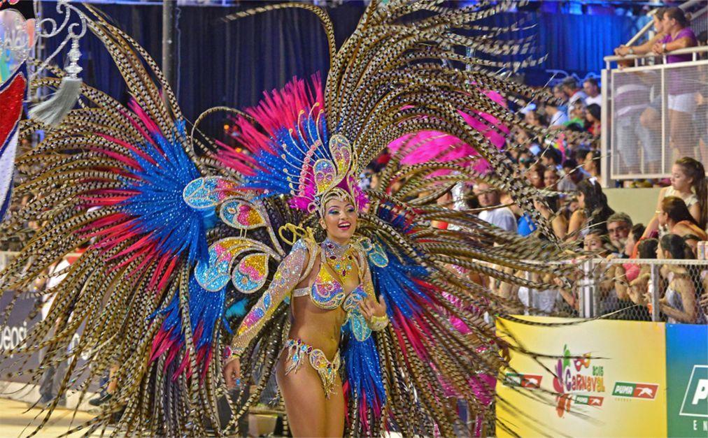 Карнавал в Энкарнасьоне 5d7416de4c300b51ca891ce9b42075c7.jpg