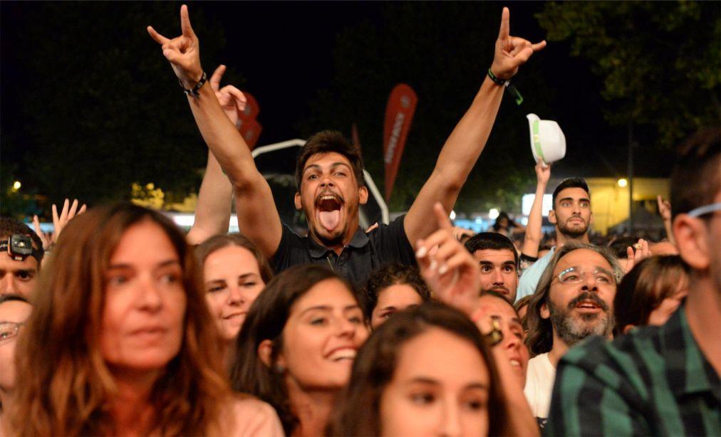 Музыкальный фестиваль в Крату 5e337c10f37bfb59d87e5612127e6437.jpg