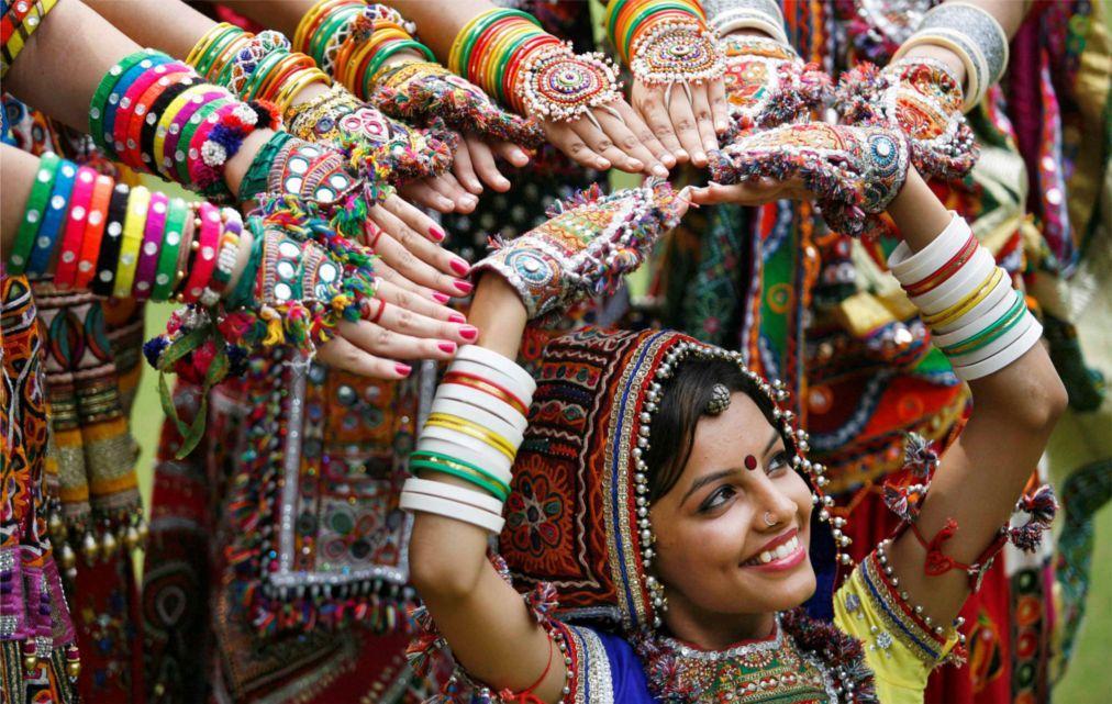 Праздник Наваратри в Мумбаи 5e6f73acecd7d0e56767e8921752c332.jpg