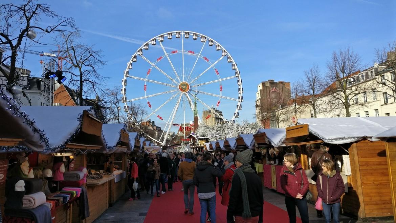 Рождественская ярмарка в Брюсселе 5f6d12eaa4fd4eb019b406130adda349.jpg