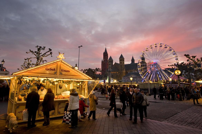 Рождественская ярмарка в Маастрихте 653af3631c8beee81e8d144c357c04de.jpg