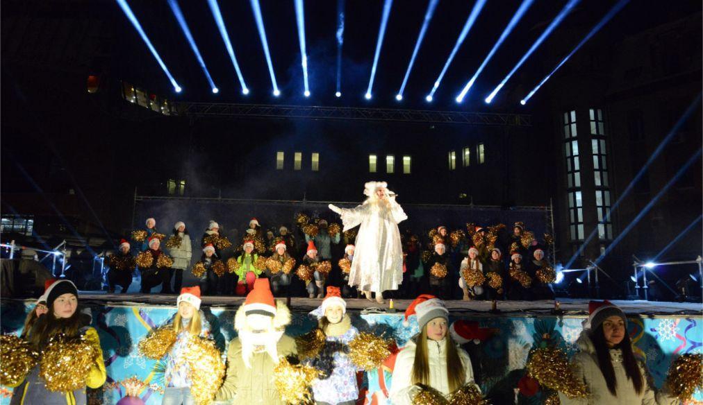 Всероссийский съезд Дедов Морозов и Снегурочек в Ханты-Мансийске 655ce9d75472b3ce06ab77cb669a6acc.jpg