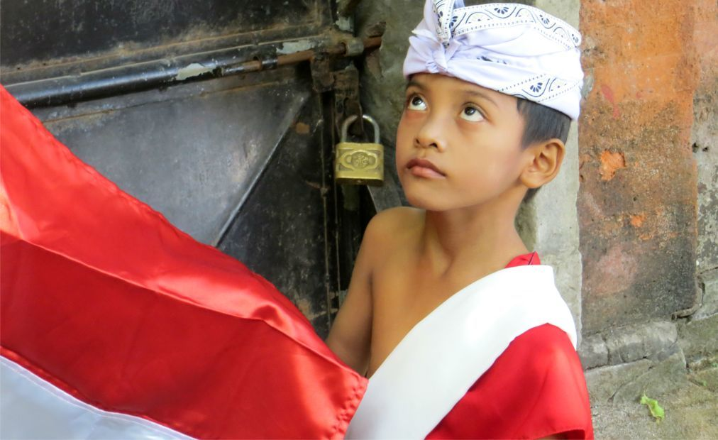 День Независимости в Индонезии 65d58adef09a11cab7975f1c2d3fdc5a.jpg