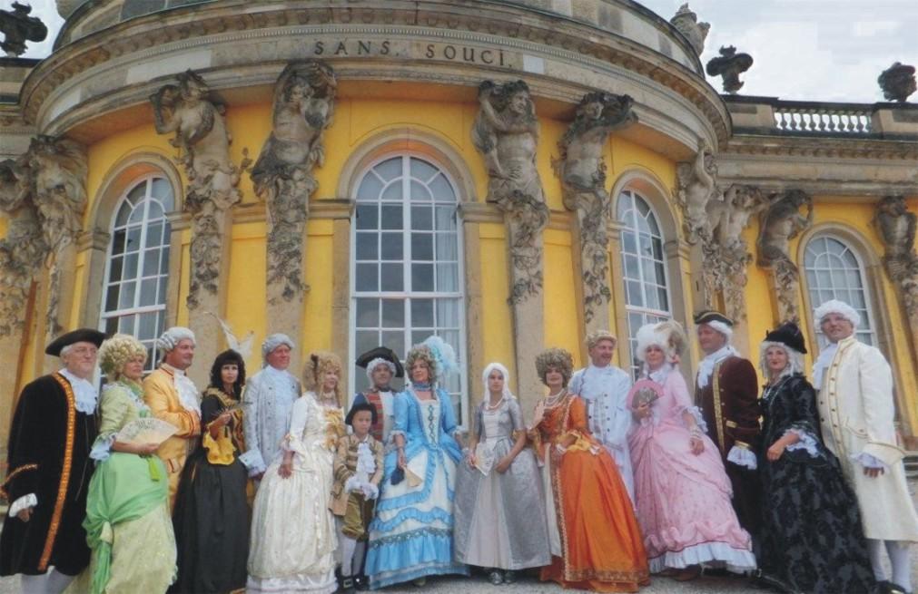 Культурный фестиваль «Ночь в Потсдамском дворце» в Потсдаме 6601b2e38bb3534bcc93ec88b6b317f2.jpg