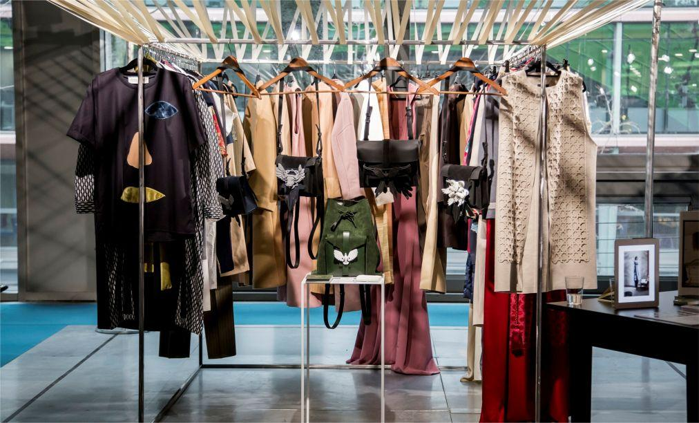 Выставка моды Tranoi В Париже 666cf5843edbf1061d51c85fc2b4c3a8.jpg