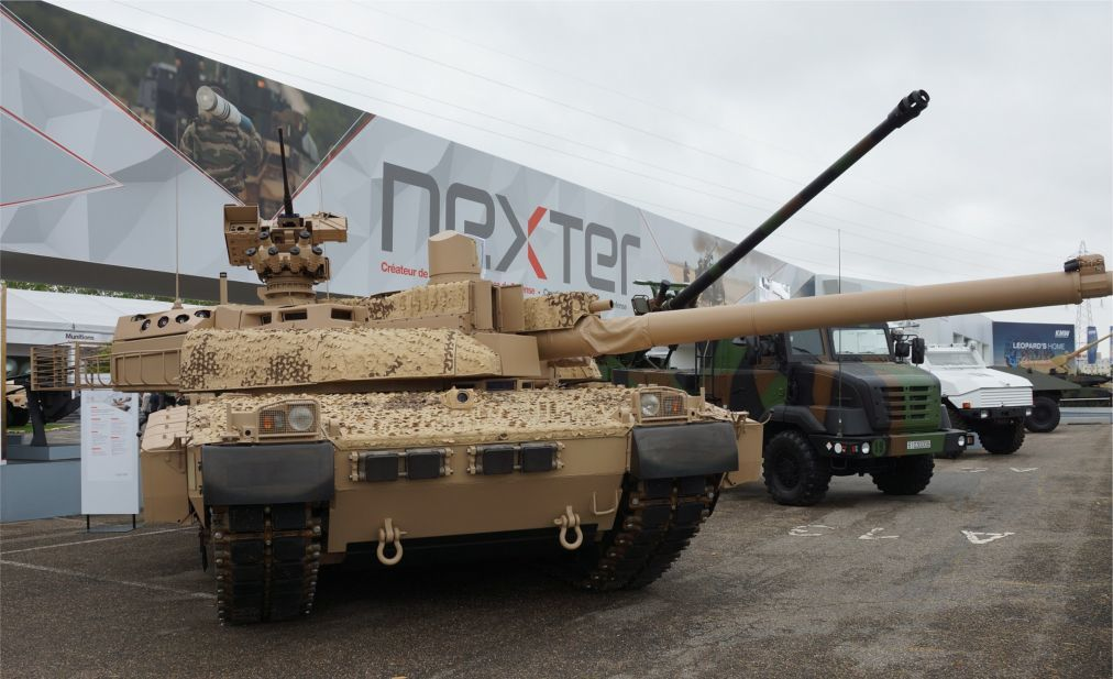 Международная оружейная выставка Eurosatory в Париже 66dd92e9da5877b077af4ca03fcbb90b.jpg