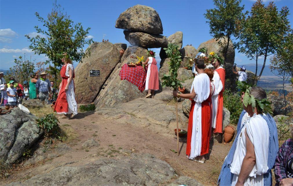 Фестиваль Долины фракийских царей в Казанлыке 6771f2da48cc7937a9a061104203daac.jpg