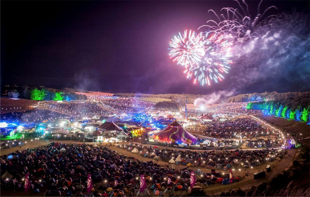 Музыкальный фестиваль BoomTown в Уинчестере 697fc7827cdfe2e218f4b6f8bd8a182f.jpg