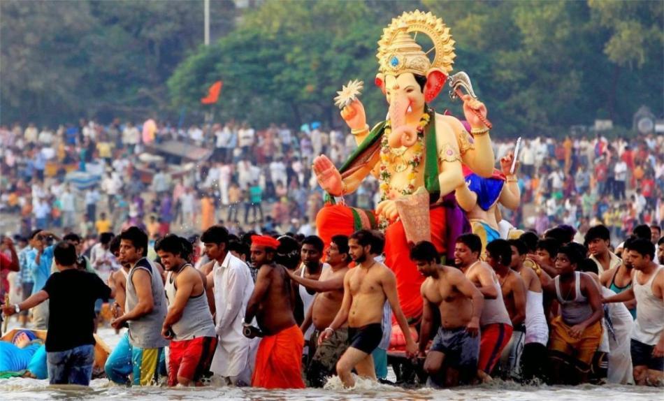 Праздник Ганеша Чатуртхи в Индии 69843535612824148aea4dcbbc9562ef.jpg