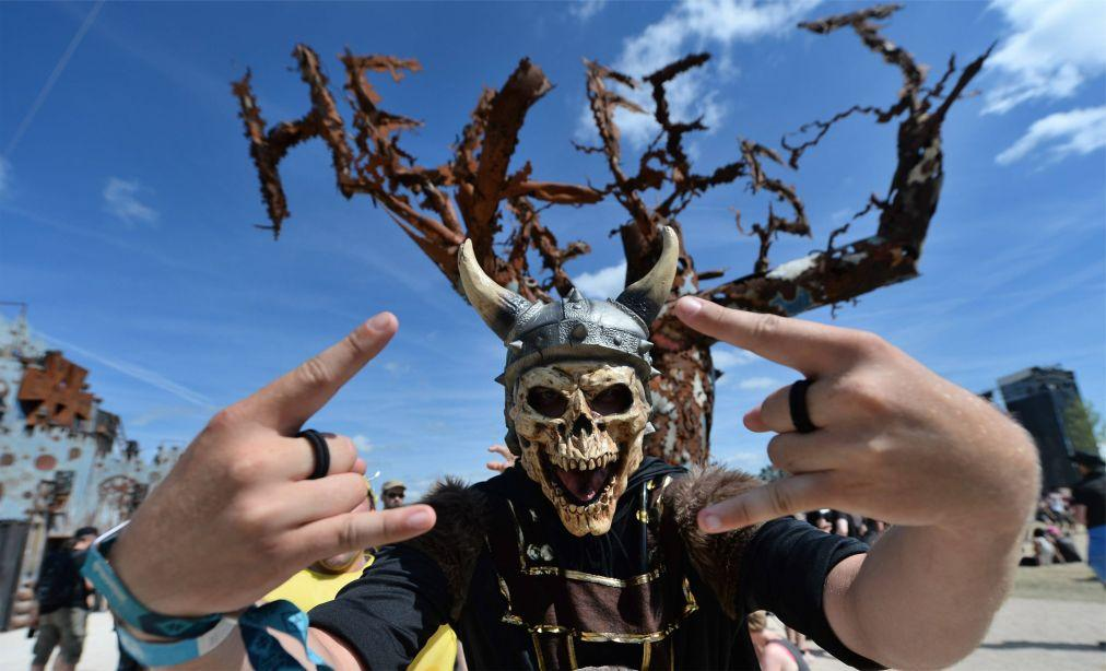 Фестиваль тяжелого рока и метала Hellfest в Клиссоне 69d7c6c3c657388deff2b201be46bff2.jpg