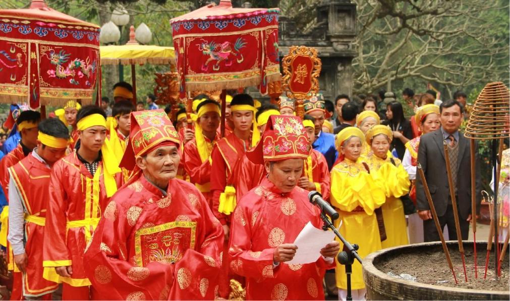 Фестиваль святого Зёнга в Ханое 6a1b10d73047a38fc0006435ff6c046c.jpg