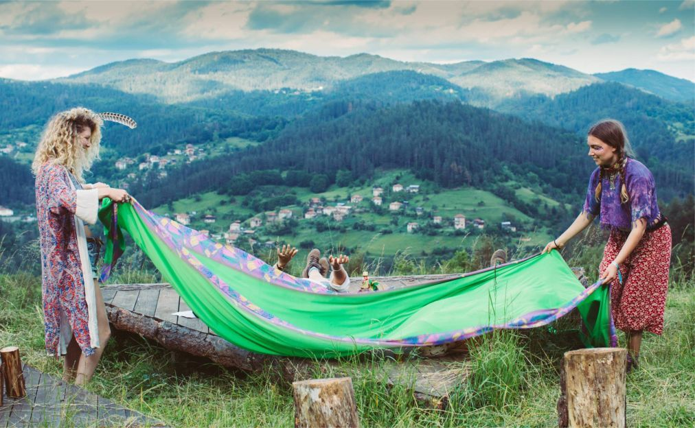 Фестиваль Meadows in the Mountains в Полковник-Серафимово 6ac9d67b41dc238e0d05a46b9f591216.jpg