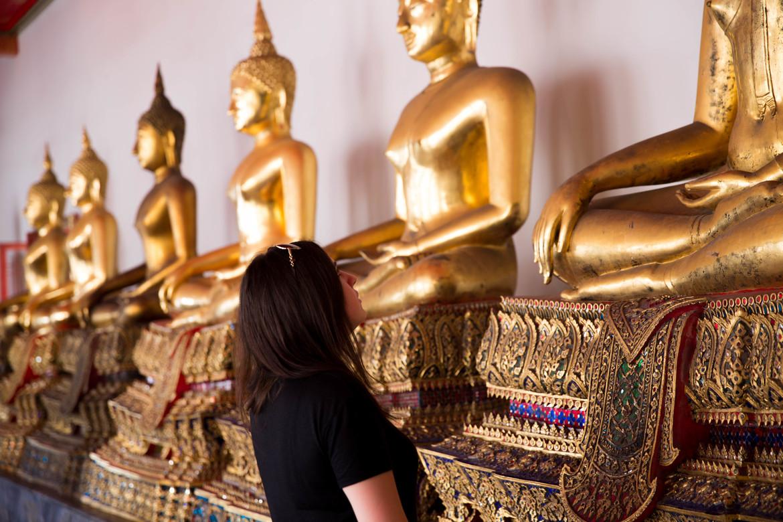 Новогодние молитвы в буддийских храмах Бангкока 6b1e31e2e821e08fab262bbfc1f455af.jpg