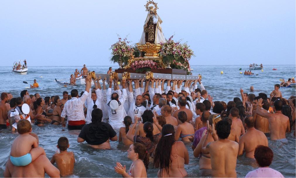 Фестиваль Девы Кармен в Испании 6bc5da90658e3122023dfc32bf5042e6.jpg