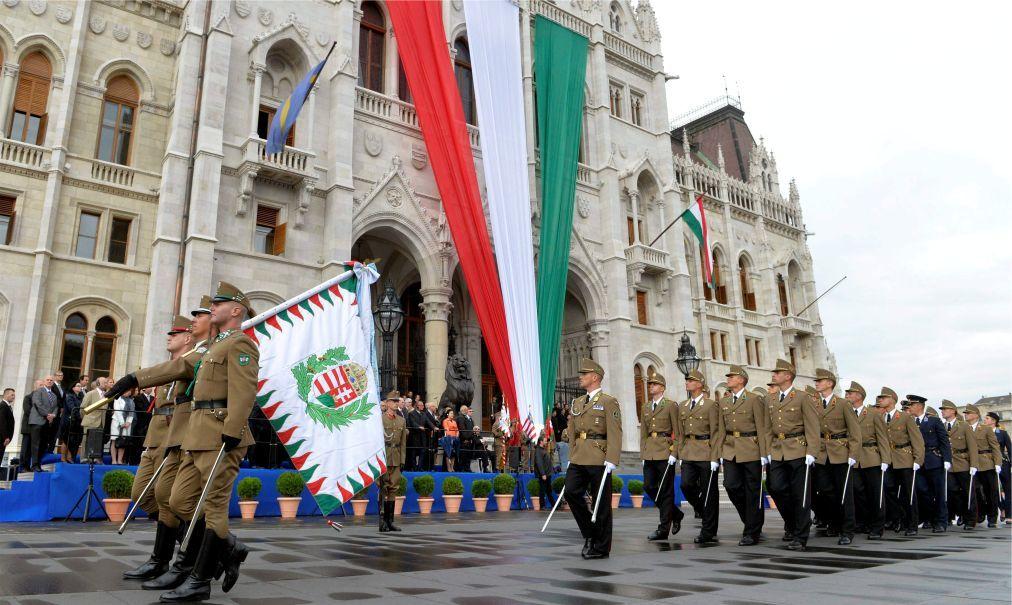 День Святого Иштвана в Будапеште 6d53049fd20ecb53f0893bca3aed58d2.jpg