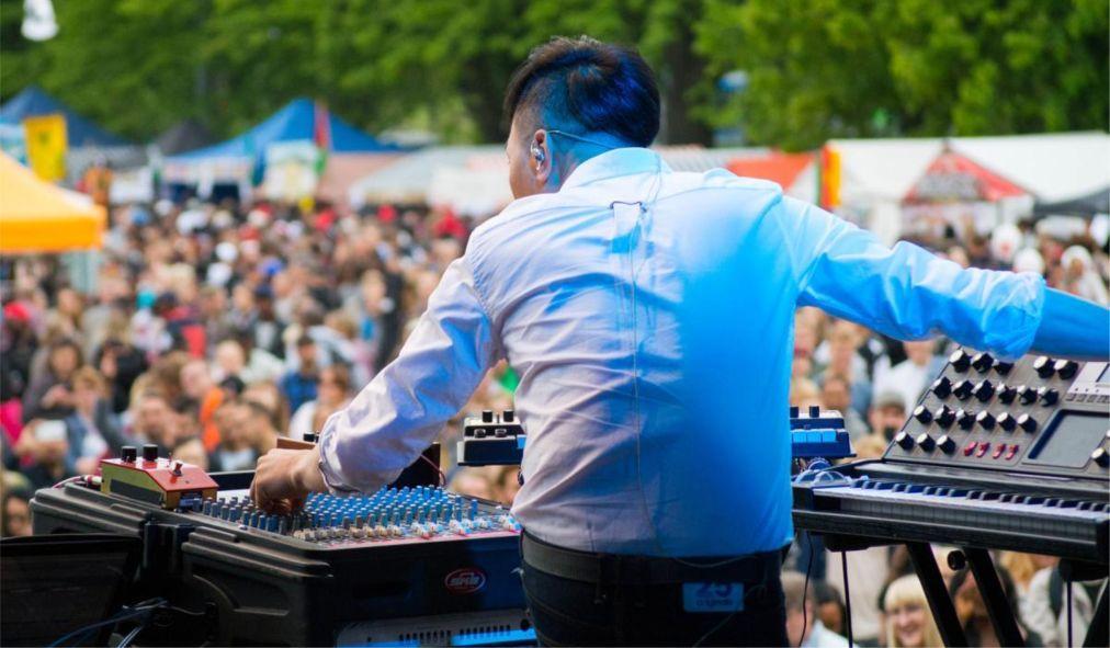 Музыкальный фестиваль «Мировая деревня» в Хельсинки 709345c9c41a31f88f0cf6fc664e6353.jpg