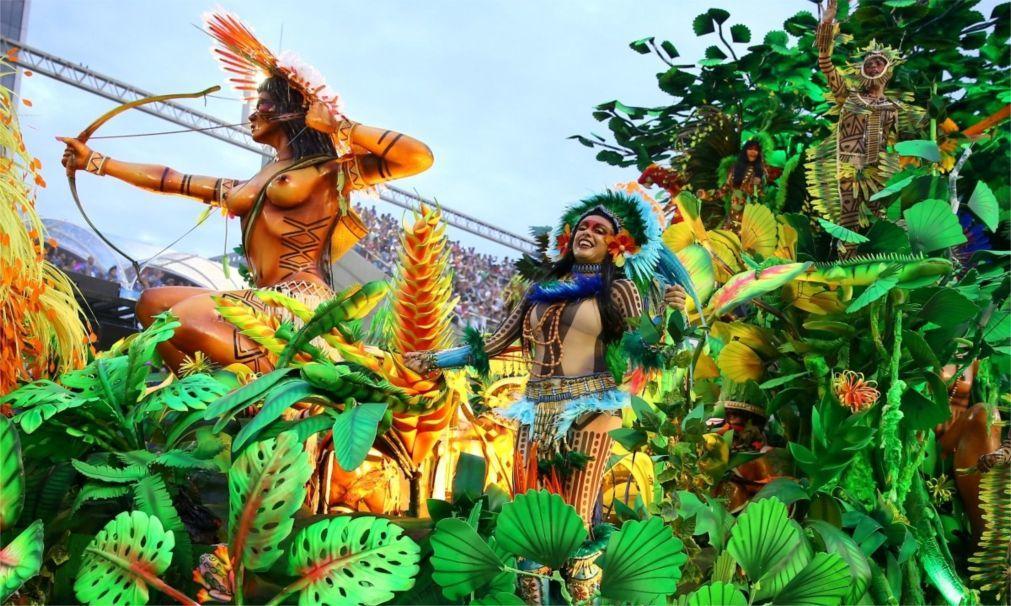 Карнавал в Рио-де-Жанейро 716e51cb272db5d0e103a5a32f99a366.jpg