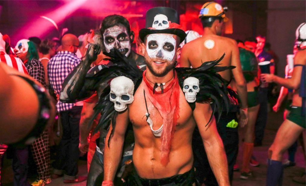 Хэллоуин в США 7350a652d948f74776f342abc4badf18.jpg