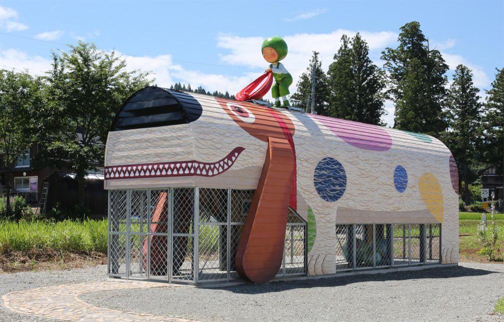 Триеннале современного искусства Echigo-Tsumari в Токамати 74448ec65622302c9d91a46a81ac9df9.jpg
