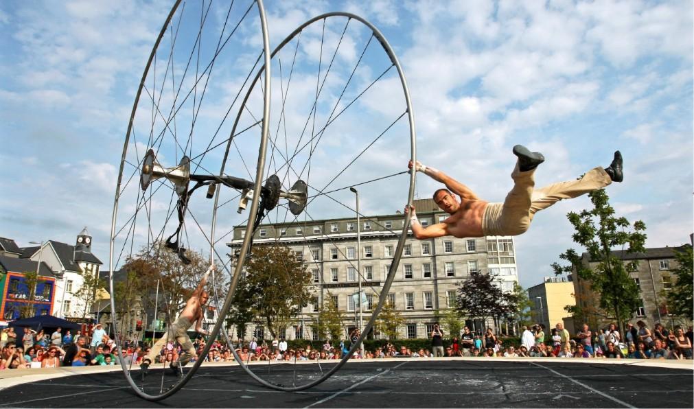 Международный фестиваль искусств в Голуэе 74dd1c19094722a3a3d3bed66f62eee2.jpg