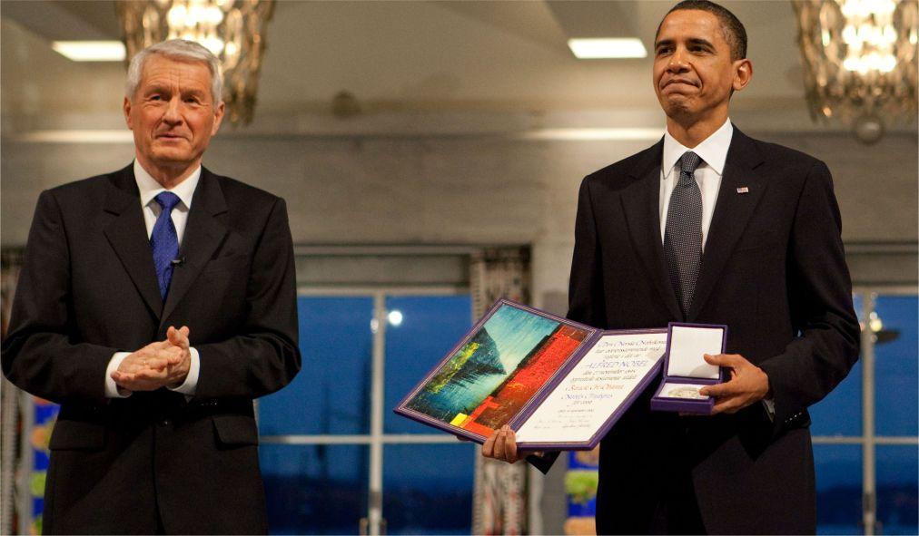 Церемония вручения Нобелевской премии в Стокгольме 7649b30fd7fc16669fd2a33de4f1ab54.jpg