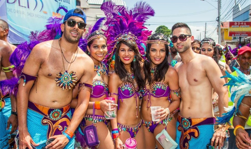 Карнавал на Тринидад и Тобаго 7687b42daa3f7de3817c2b773330ba4b.jpg