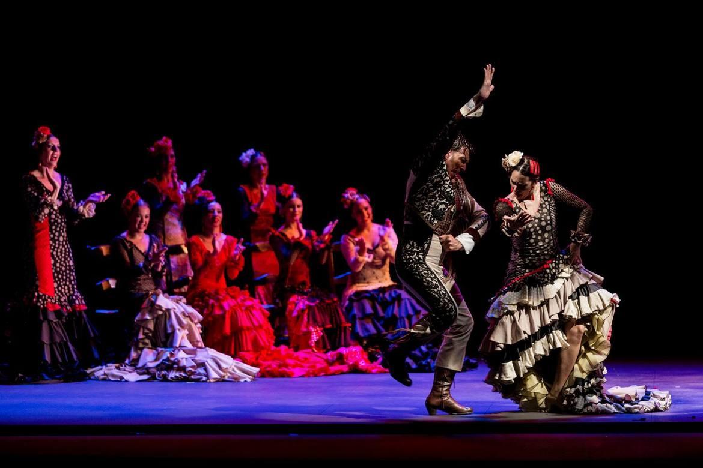 Биеннале фламенко в Севилье 77d9b44158431f0afe6cb69fea9a3011.jpg