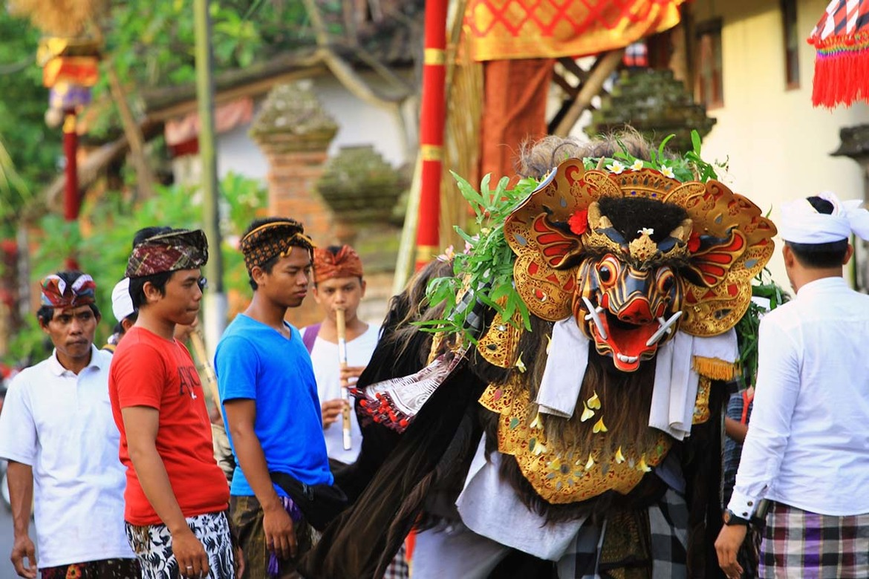 Праздник Кунинган на Бали 7bb019438a586ca0acd2c593ce74c4da.jpg
