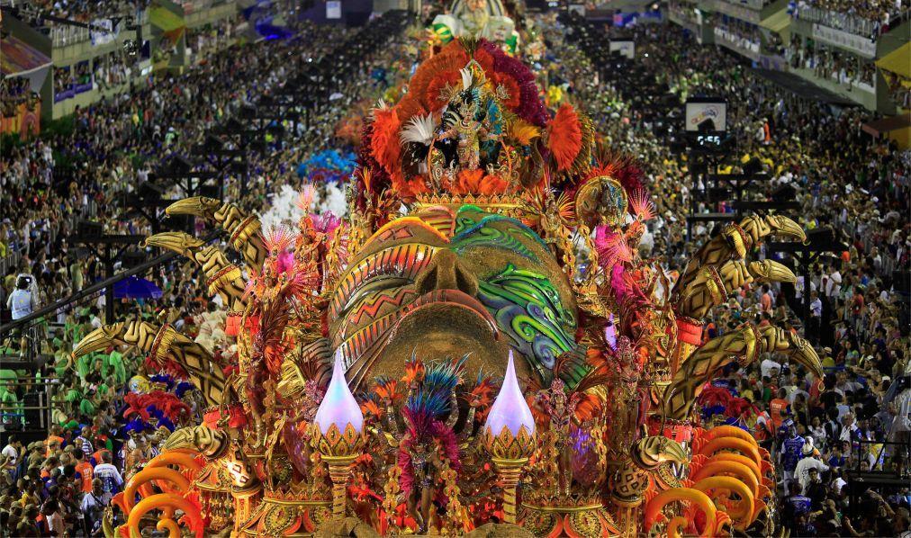 Карнавал в Рио-де-Жанейро 7bf8650eaaaeb609ec5cc98f25738fd7.jpg