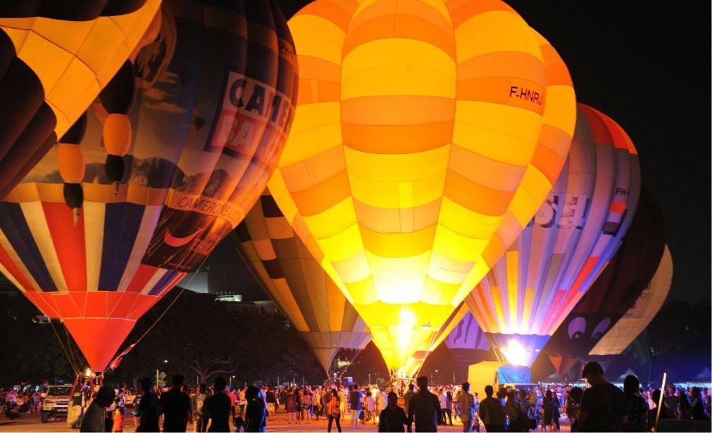 Международный фестиваль воздушных шаров в Куала-Лумпуре 7c397f8c65d83efb104bb3106544c79a.jpg