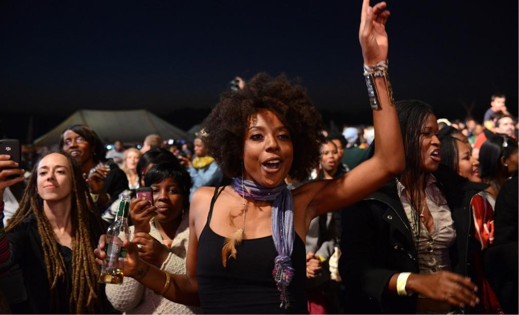 Музыкальный фестиваль Bushfire в Свазиленде 7cebdc6193db42aaf8eb2ef299f3e8a2.jpg