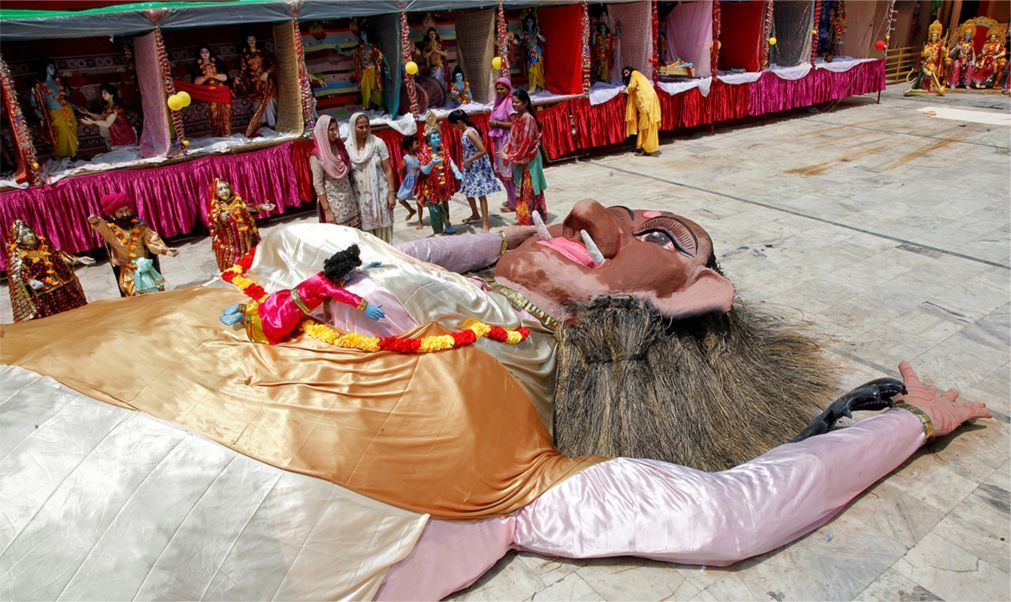 Праздник Кришна-Джанмаштами в Индии 7cfaf39371a55432d443544b5aa5c103.jpg