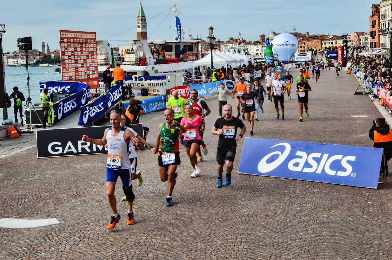 Венецианский марафон 7f11160161b943bd9cc28cc41734f323.jpg