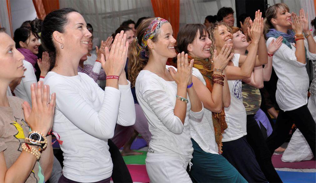 Международный фестиваль йоги в Ришикеше 808c54a8071cd33f6dcc7bd820d0cdb6.jpg