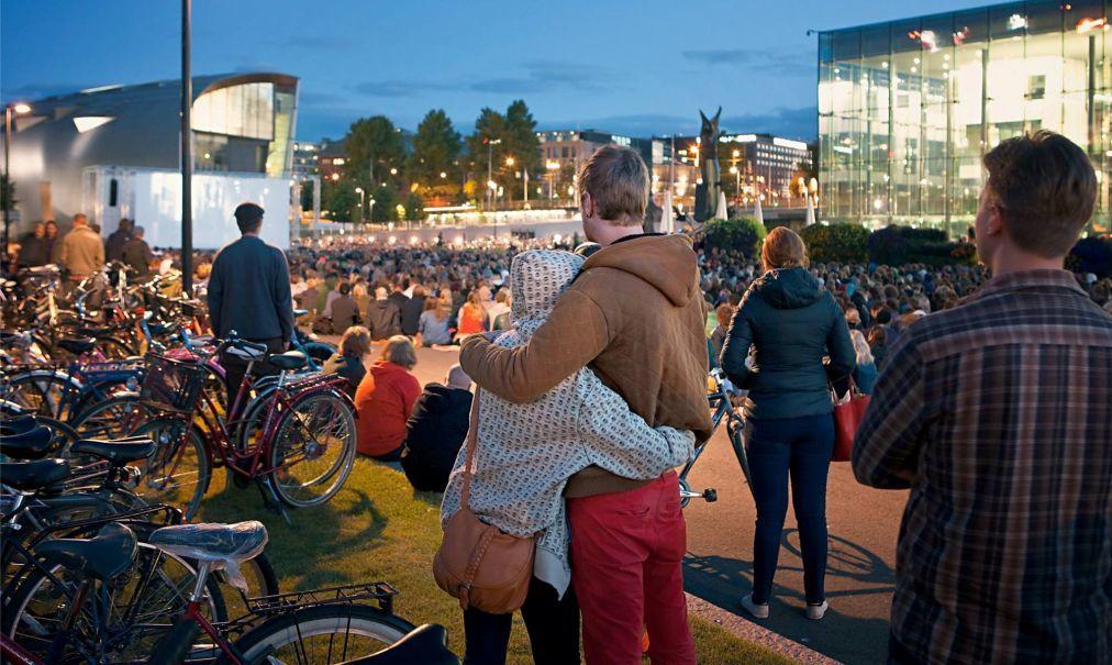 Хельсинкский фестиваль 818a988617c01a3300bd3e349a1fcbc9.jpg