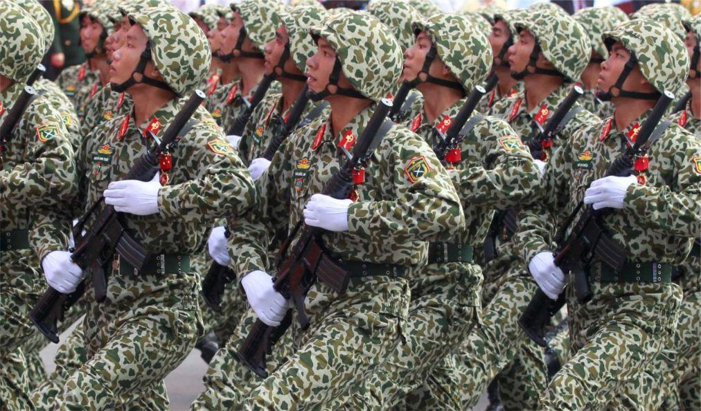 День объединения во Вьетнаме 82b3b12dc20ee7176aae5e37c71a32fd.jpg