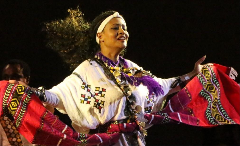 Фестиваль мировой духовной музыки в Фесе 8642b184d4f41d865796e5ba4e43afe1.jpg