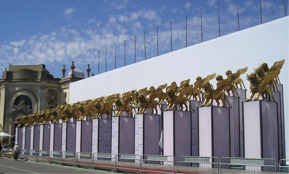 Международный Венецианский кинофестиваль 879e8687f881b148e87e454a393dcd03.jpg