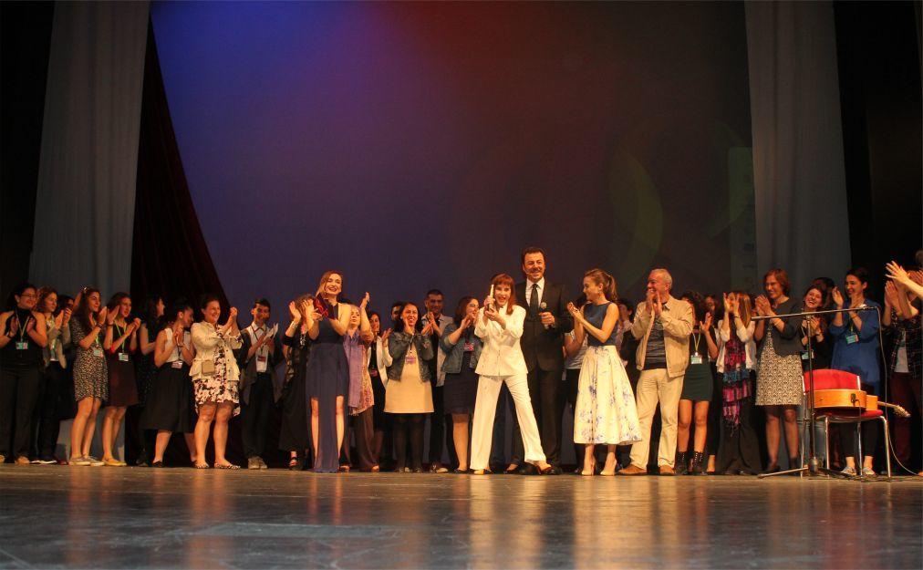Международный фестиваль женского кино «Летающая метла» в Анкаре 8880aba5e84a4e605c9fba8bb2fcf612.jpg
