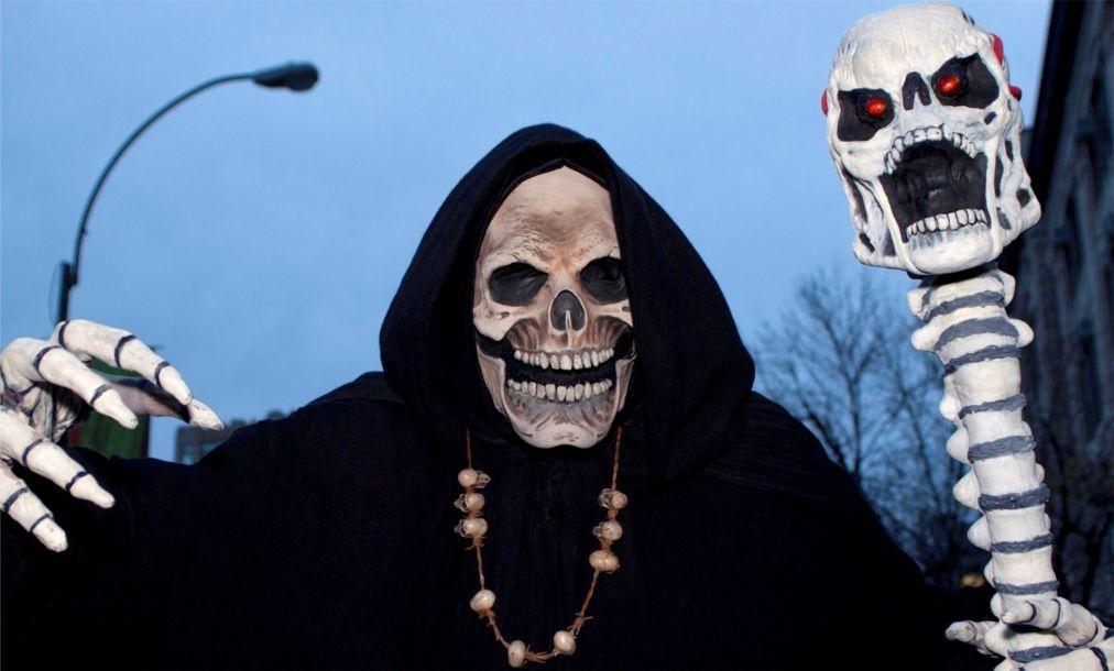 Хэллоуин в США 88b2b5416debd22cc1f2aa9337dd8fde.jpg