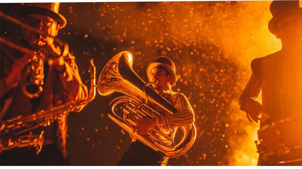 Хэллоуинский парад «Макнас» в Голуэе 894f814a801efc0acbb4779618443892.jpg