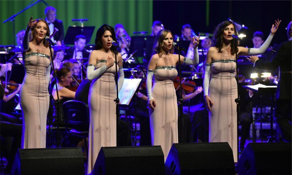 Международный музыкальный фестиваль в Бурсе 8a3658513ca14381c1dbd2d770c5bf2b.jpg