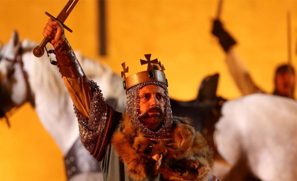 Исторический фестиваль «Средневековое путешествие» в Санта-Мария-да-Фейра 8bc2a8d24014d6757b1c50d60ef74723.jpg