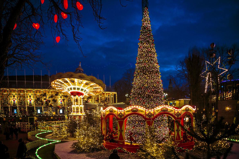 Рождественская ярмарка «Тиволи Гарденс» в Копенгагене 8c2ddb10eb891100661405ae8a80d72d.jpg